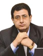 الدكتور / هشام محمد حمدي